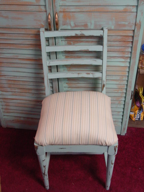 Outdated Grubby Chair / Updated To Shabby Chic!