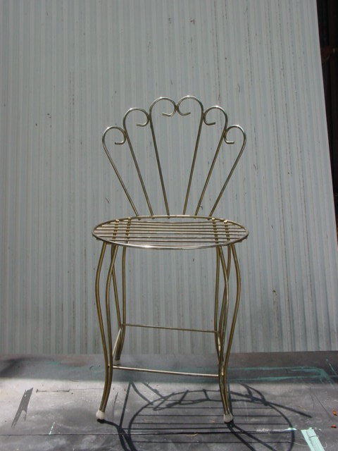 Primed ... - Old Metal Chair AJ's Trash2Treasure BLOG