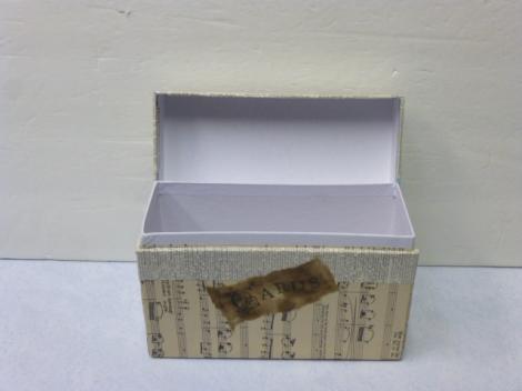12.26.12 Valentine crafts 022