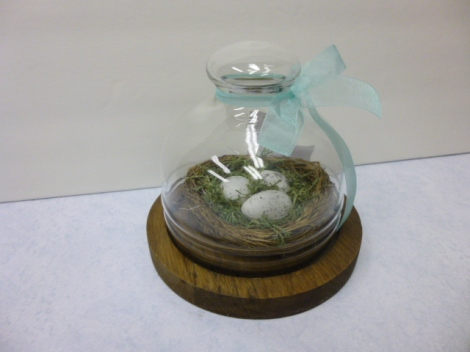 4.27.13 custom cloche moss wreath 001