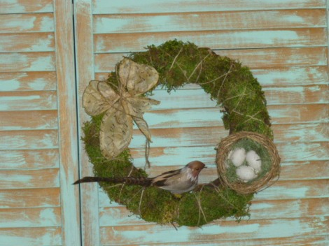 4.27.13 custom cloche moss wreath 013