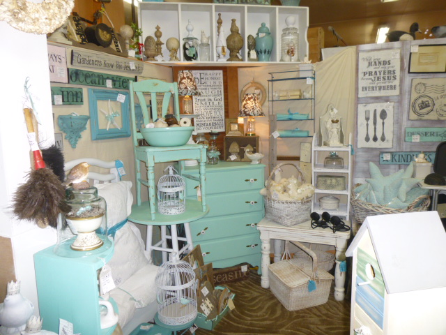 Antique Booth Display Ideas Ajs Trash2treasure Blog